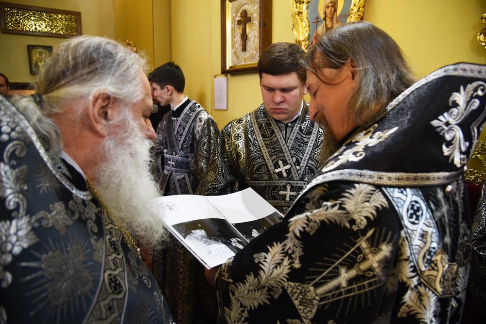 4 апреля, в Великую среду исполнилось 25 лет со дня архиерейской хиротонии митрополита Белгородского и Старооскольского Иоанна